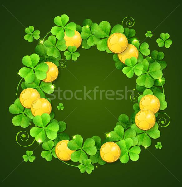 Coroa trevo folhas dourado moedas verde Foto stock © Artspace