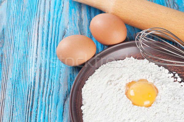 Tojások tojás tojássárgája liszt kék fából készült Stock fotó © Artspace
