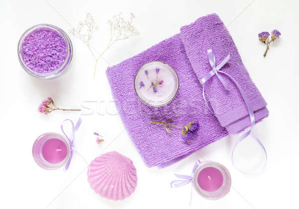Estância termal produtos violeta roxo lavanda banho Foto stock © artsvitlyna