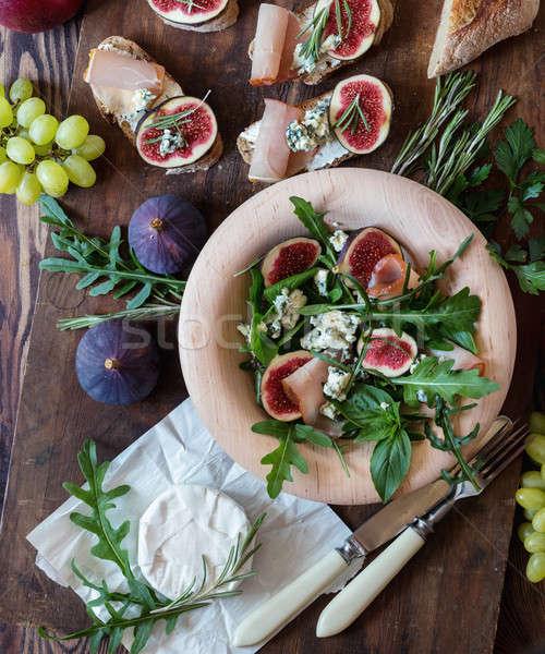 легкий диета Салат голубой сыр коричневый Сток-фото © artsvitlyna