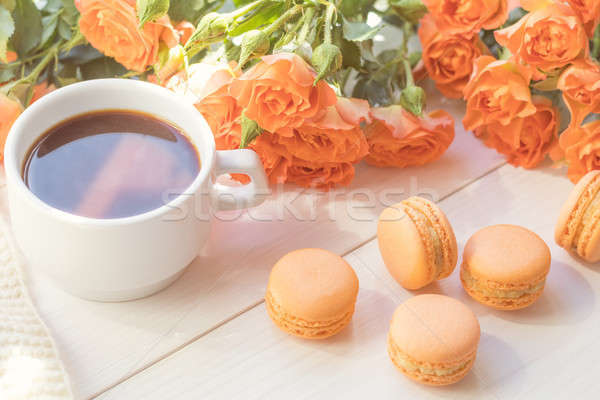 Oranje beker koffie vers rozen mango Stockfoto © artsvitlyna