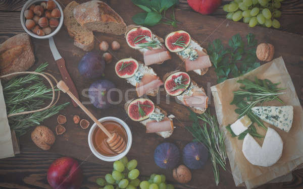 Sandwiches with arugula, figs and blue cheese Stock photo © artsvitlyna