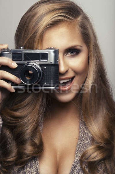 笑顔の女性 カメラ 少女 顔 幸せ モデル ストックフォト © arturkurjan