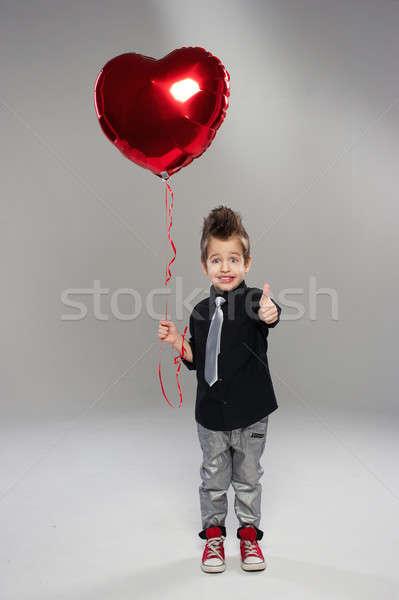 ストックフォト: 幸せ · 小 · 少年 · 赤 · 中心 · バルーン