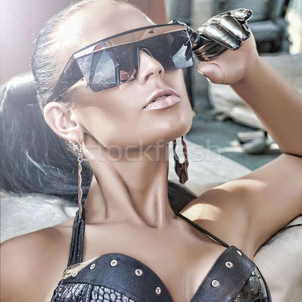 портрет модный Lady Солнцезащитные очки женщину Сток-фото © arturkurjan