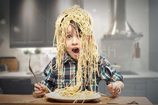 驚いた 少年 パスタ 頭 顔 キッチン ストックフォト © arturkurjan