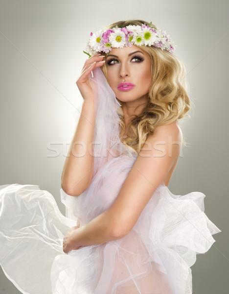 小さな ブロンド 女性 天使 衣装 花 ストックフォト © arturkurjan