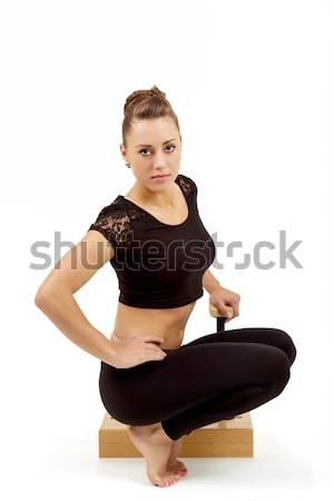 Fiatal profi tornász nő szépség gyakorol Stock fotó © artush