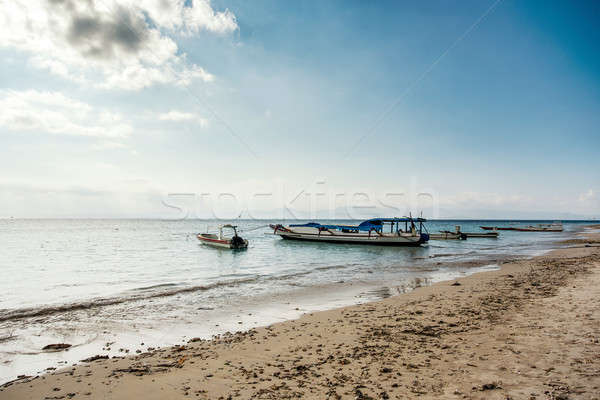 álom tengerpart csónak Bali Indonézia sziget Stock fotó © artush