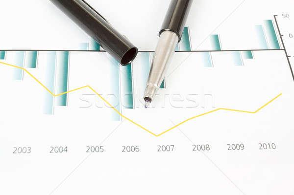 Foto d'archivio: Mercato · azionario · grafici · pen · business · nero · marketing