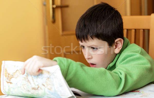 S'ennuie fatigué garçon devoirs école classeur Photo stock © artush