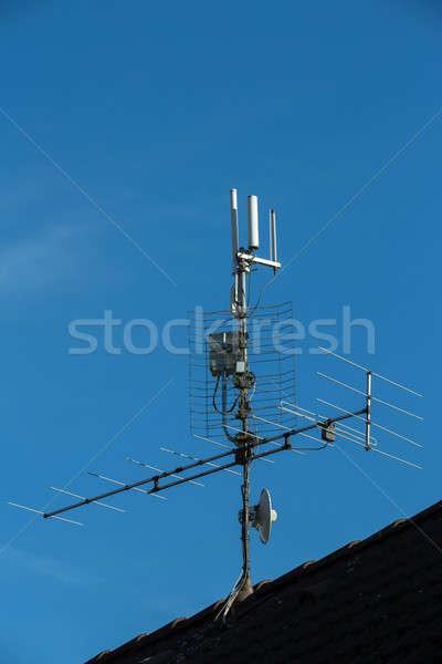 Televisão antena wi-fi telhado metal espaço Foto stock © artush