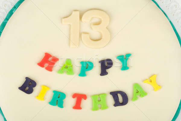 Születésnapi torta szöveg boldog születésnapot tizenhárom évforduló fehér Stock fotó © artush