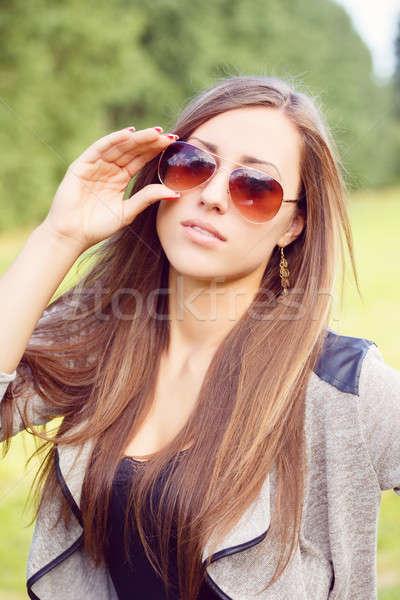 Retrato encantador senhora mulher menina óculos de sol Foto stock © artush