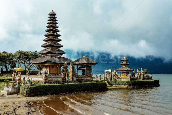 Víz templom tó Bali híres napos Stock fotó © artush