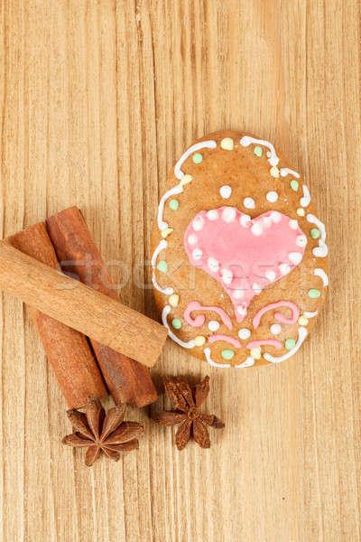 Páscoa pão de especiarias estrela anis coração Foto stock © artush