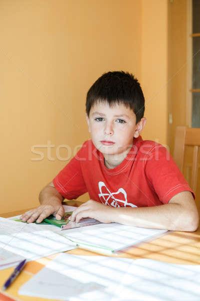 Garçon école devoirs géométrie mathématiques classeur Photo stock © artush