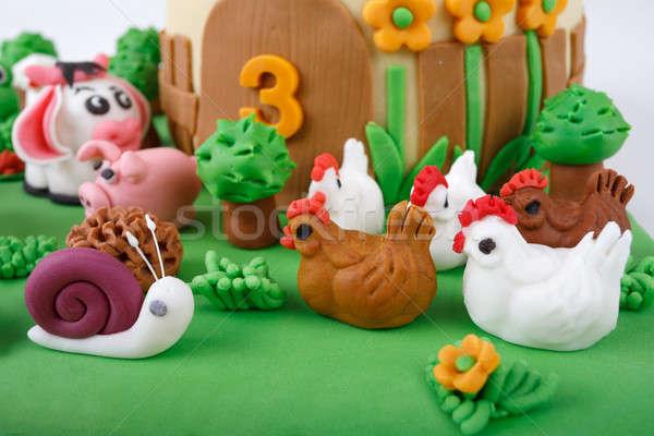 Verjaardagstaart boerderij marsepein dieren detail aantal Stockfoto © artush