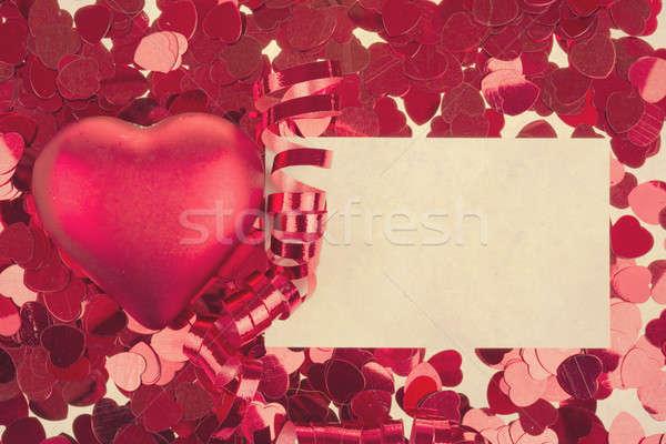 Faible rouge confettis grand coeurs rétro Photo stock © artush