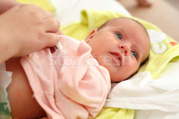 Dressing baby bad cute roze meisje Stockfoto © artush