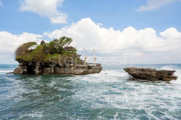 Templom tenger Bali sziget Indonézia híres Stock fotó © artush