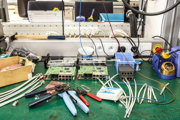 Foto stock: Eletrônica · equipamento · local · de · trabalho · necessário · ferramentas · construção
