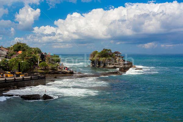 Tapınak deniz bali ada Endonezya ünlü Stok fotoğraf © artush
