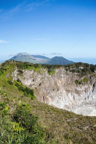 Vulcão Indonésia ilha cratera lago Foto stock © artush