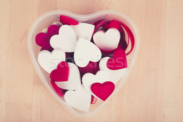 Ahşap kalpler valentine kırmızı beyaz Stok fotoğraf © artush