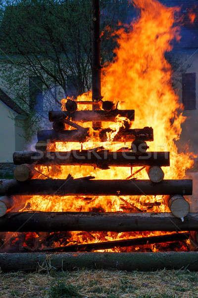 Noche fuego ardor madera religión Foto stock © artush