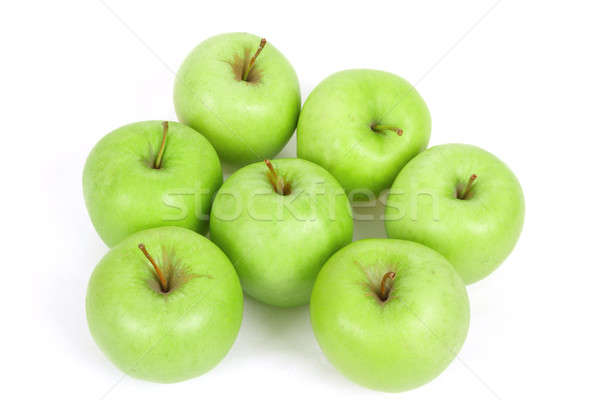 Sept vert pommes isolé blanche fraîches Photo stock © artush