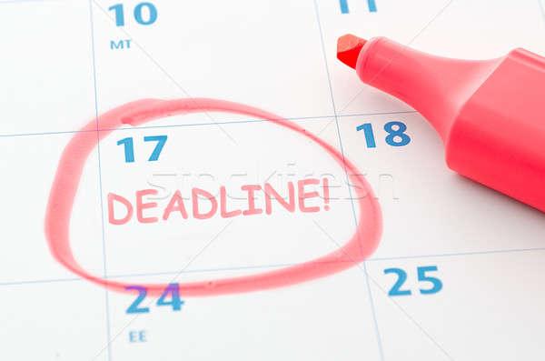 Date limite calendrier affaires bureau papier Photo stock © ashumskiy