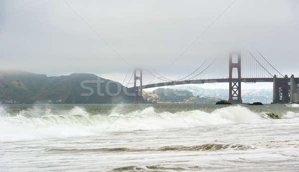 有名な 霧 サンフランシスコ ゴールデンゲートブリッジ 波 ビーチ ストックフォト © aspenrock