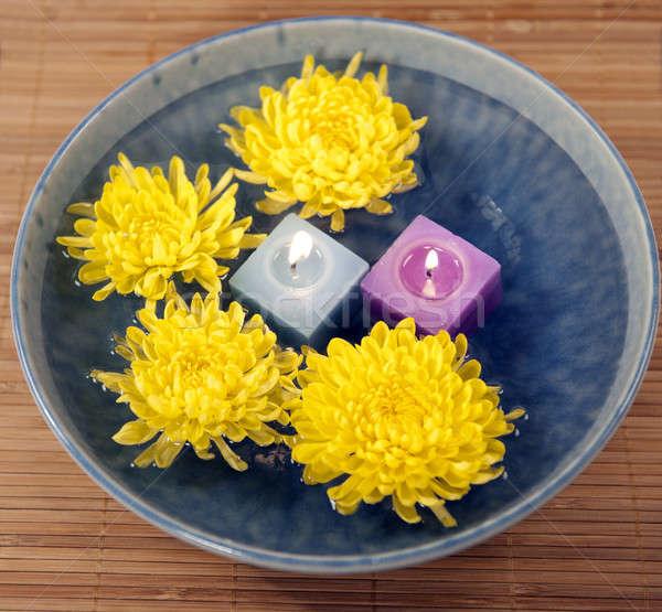 Krizantem su aromaterapi mumlar zen çiçek Stok fotoğraf © aspenrock