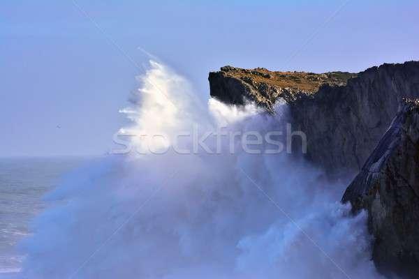 Costa penhasco ondas 18 céu Foto stock © asturianu