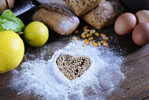 хлебобулочные Ингредиенты таблице яйцо кукурузы завтрак Сток-фото © asturianu
