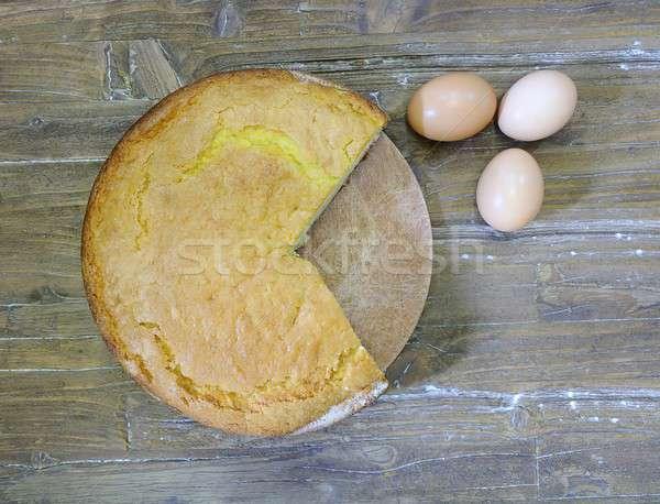 Piskóta tányér fa asztal háttér torta kenyér Stock fotó © asturianu
