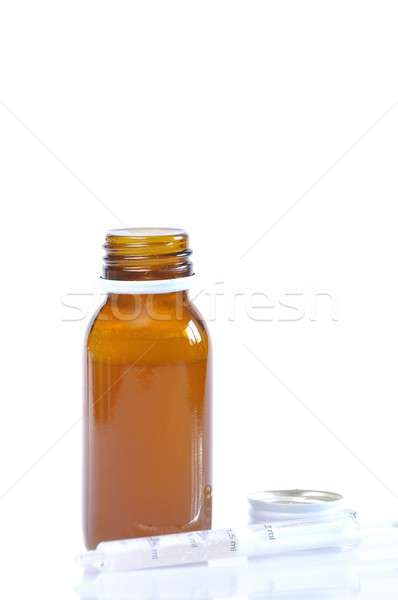 Szirup üveg injekciós tű fehér orvos orvosi Stock fotó © asturianu