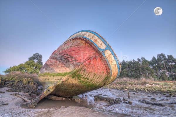 Csónak tengerpart homok hajó vihar vitorlázik Stock fotó © asturianu