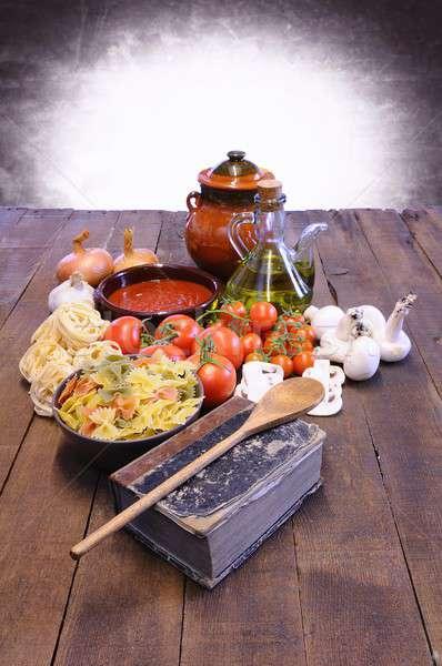 Yemek kitabı mutfak masası malzemeler ahşap sebze pişirmek Stok fotoğraf © asturianu