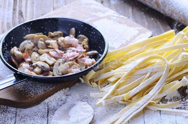Tagliatelle eigengemaakt houten tafel keuken koken kok Stockfoto © asturianu