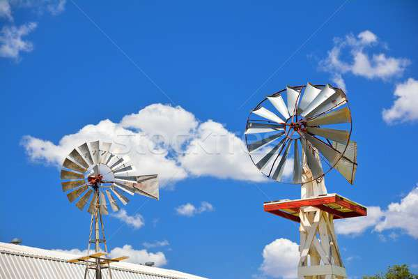 Deux moulin à vent agricole ferme USA Oklahoma Photo stock © asturianu