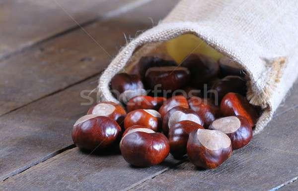 Holztisch Küche Essen Natur Nüsse Stock foto © asturianu