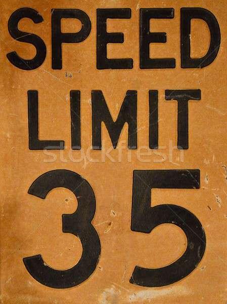 öreg sebességhatár felirat közelkép út utca Stock fotó © asturianu