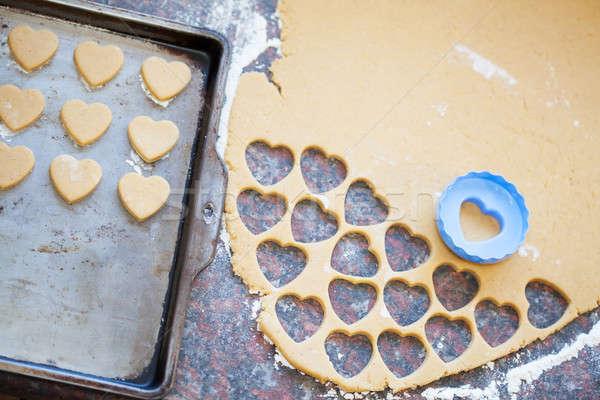 Plastik kalp kurabiye kurabiye Stok fotoğraf © avdveen