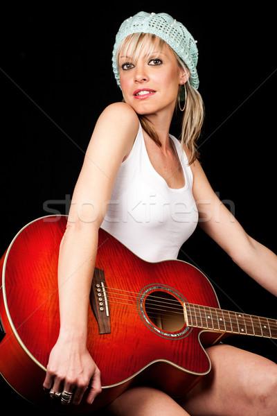 Mulher jovem guitarra turquesa Foto stock © avdveen
