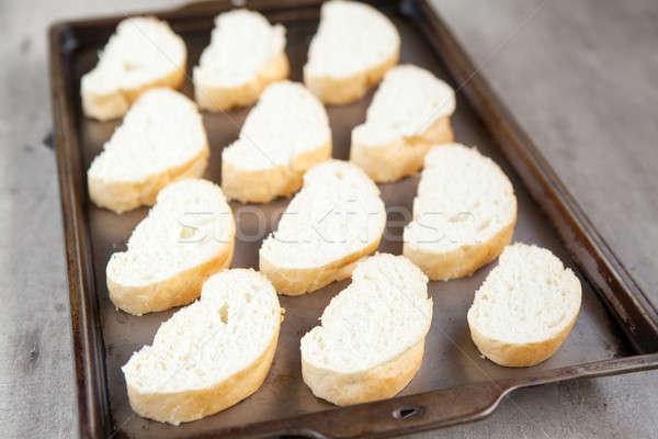 Cortar francês pão pão bandeja Foto stock © avdveen
