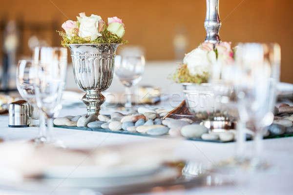 Gül buket gümüş vazo dekore edilmiş Stok fotoğraf © avdveen