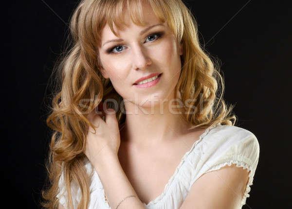 Bella russo ragazza ritratto nero faccia Foto d'archivio © Avlntn