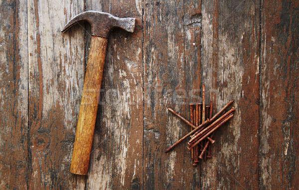 古い さびた 爪 ハンマー 木製 木材 ストックフォト © Avlntn